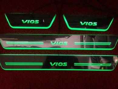 Toyota vios led door side step side sill plate