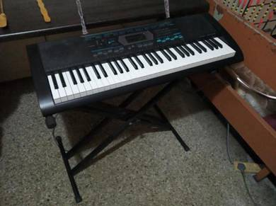 Keyboard CASIO CTK-2100 c/w adjustable stand