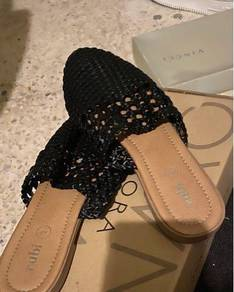 Ruby sandal