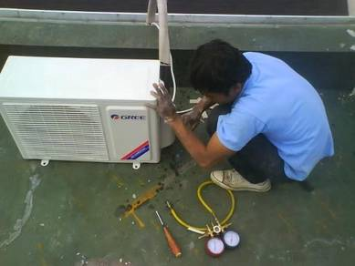 S e r v i c e aircond /water pump