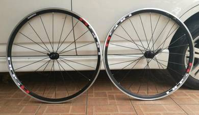 Shimano Roadbike Wheelset