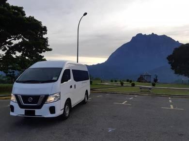 Group Van Holiday Visit Rombongan