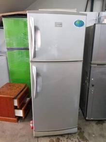 Sanyo 2 doors fridge Peti Sejuk Ais Refrigerator