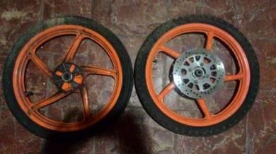 Rim original motor dash dengan tayar dan brek disc