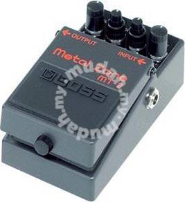 Boss mt2 - Metal Zone Guitar Pedal (FREE Cables)