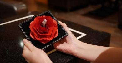 Red rose flower ring case wedding marriage propose