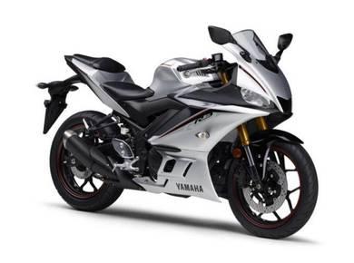Yamaha r25 BARU~(murah,senang loan)