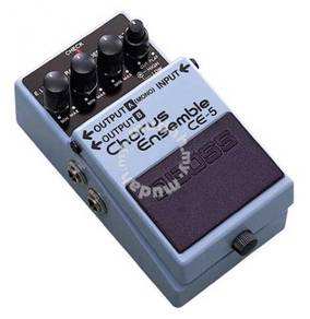 Boss ce5 / ce-5 Chorus Guiitar Pedal (FREE Cables)