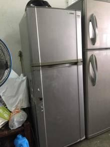 Samsung 2 doors fridge Peti Sejuk Ais Refrigerator