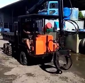 Japan Imported RoughTerrain 6x6 Oil Palm Harvester