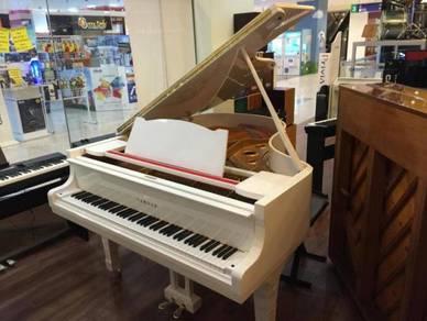 Yamaha Grand Piano G2 WH