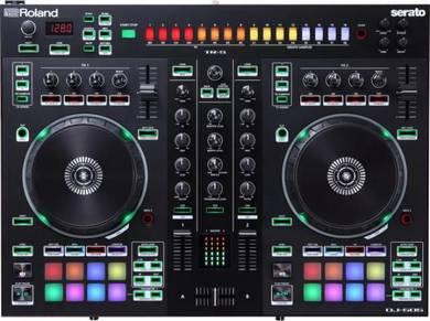 ROLAND DJ-505 - 2-Ch DJ Controller for Serato