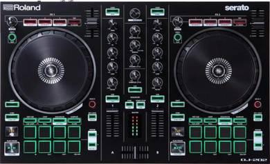 ROLAND DJ-202 2-Channel DJ Controller for Serato