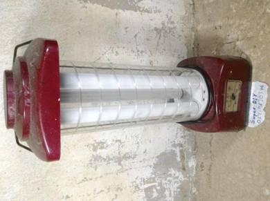 Lampu camping rechargeable antik lantern
