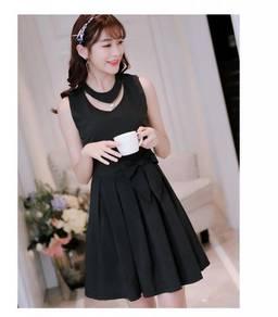 Sleeveless Waist Small Fresh Solid Color Dress