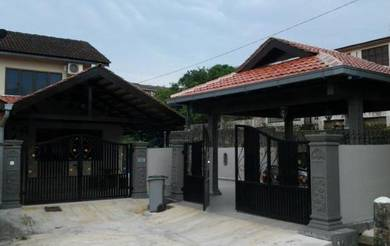 Johor Bahru Homestay with Private Swimming Pool