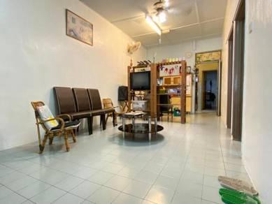 Taman Johor Jaya Jalan Teratai 1 Storey BELOW MARKET VALUE HOUSE