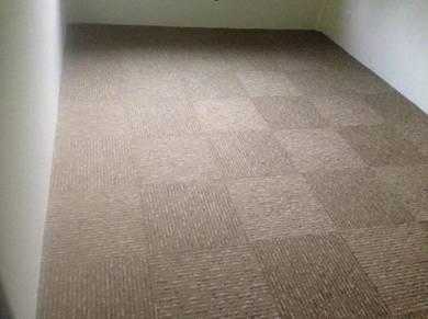 PEMASANGAN KARPET BARU l tile carpet
