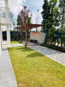 Below Value 1.5 Storey House Dengkil Town Centre Freehold Putrajaya