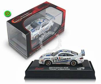 Model Koleksi 99-02 Porsche 911 GT3 (1:64)