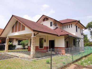 Rumah BANGLO MEWAH 2TINGKAT KUALA TERENGGANU GOLF RESORT TOK JEMBAL