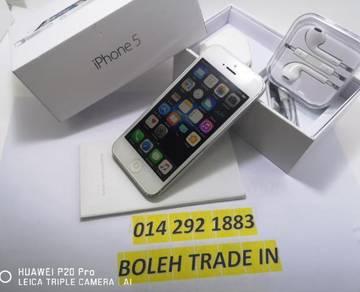 IPHONE - 5- 64GB 4GLTE