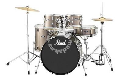 Pearl Roadshow Standard Drum Set With Hardware