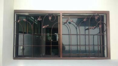 Wrought iron grill tingkap