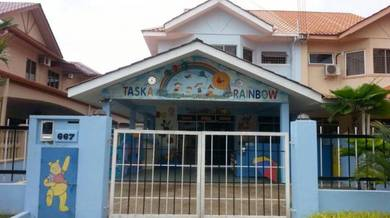 Semi d bandar indah with taska license