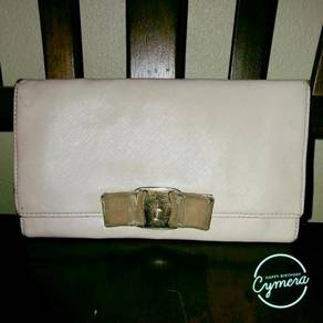Long Wallet Leather Salvatore Ferragamo