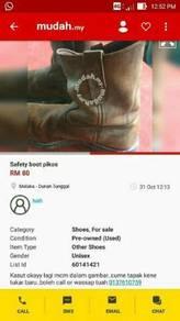 Safety boot pikos