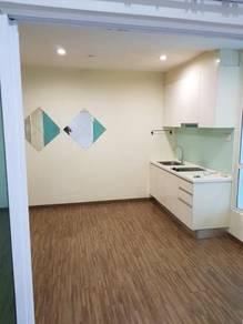 Zetapark 1 bedroom SEMI FURNISHED corner KLCC view unit