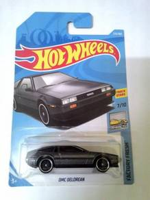Hot Wheels 2018 - DMC DELOREAN