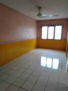 Nice unit for rent at Lestari Apartment