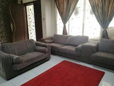 3+2+1 Large, comfortable, moden sofa set