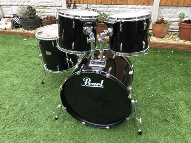 Pearl Export Drum Kit. Good Condition