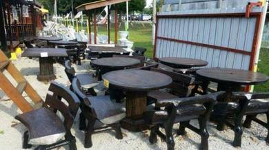 Set meja batu ,Wakaf Budget tepi lebuh AMJ Kandang