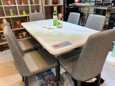 Decasa white marble dining set