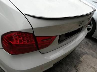 BMW E90 M3 Boot lip trunk rear Spoiler