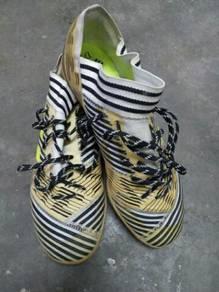 Kasut futsal adidas for sale