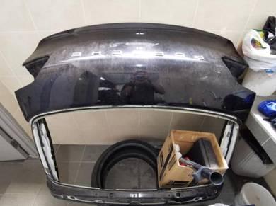 Porsche Macan 95B rear trunk hood bonnet