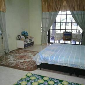 Masteroom for rent at titi gantong