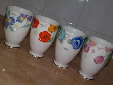 Cawan ungaro Paris floral cup