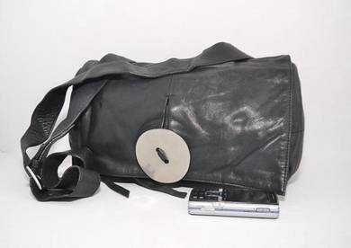 KAWA KAWA nakahara shoulder bag button kueii