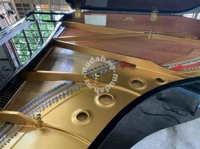 Yamaha G2E Grand Piano Japan Spec Like New