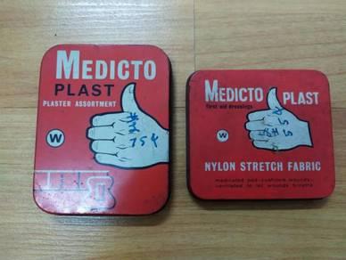 England 2 Medicto Plast Tin Vintage