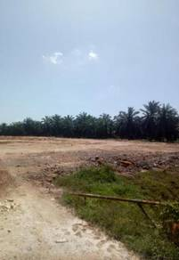 Land for Sale at Teluk Panglima Garang Zone Industry, Good Buy & Area