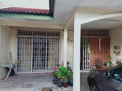Double Storey Bandar Puteri Jaya SP For Sale