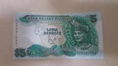 Note lima ringgit