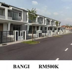 [BARU] Rumah Teres Bangi Avenue, Bangi villa